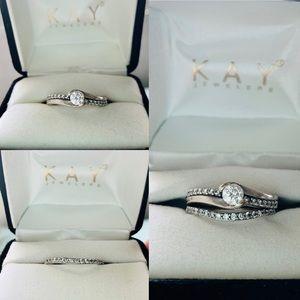 Diamond Engagement Ring & Diamond Wedding Band